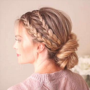Triple Braided Updo ? More holiday hair inspo? I think yes ? Full tutorial linked in my profi